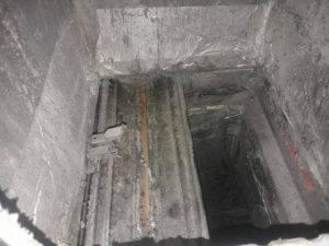 Fire damper heavily contaminated and blades seized